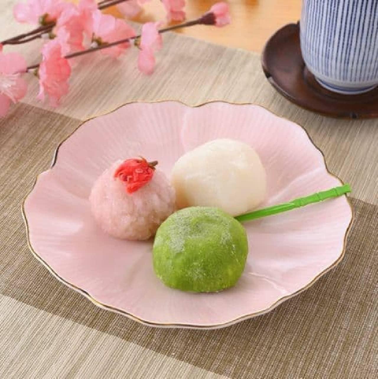 ファミリーマート「春の三色和菓子」