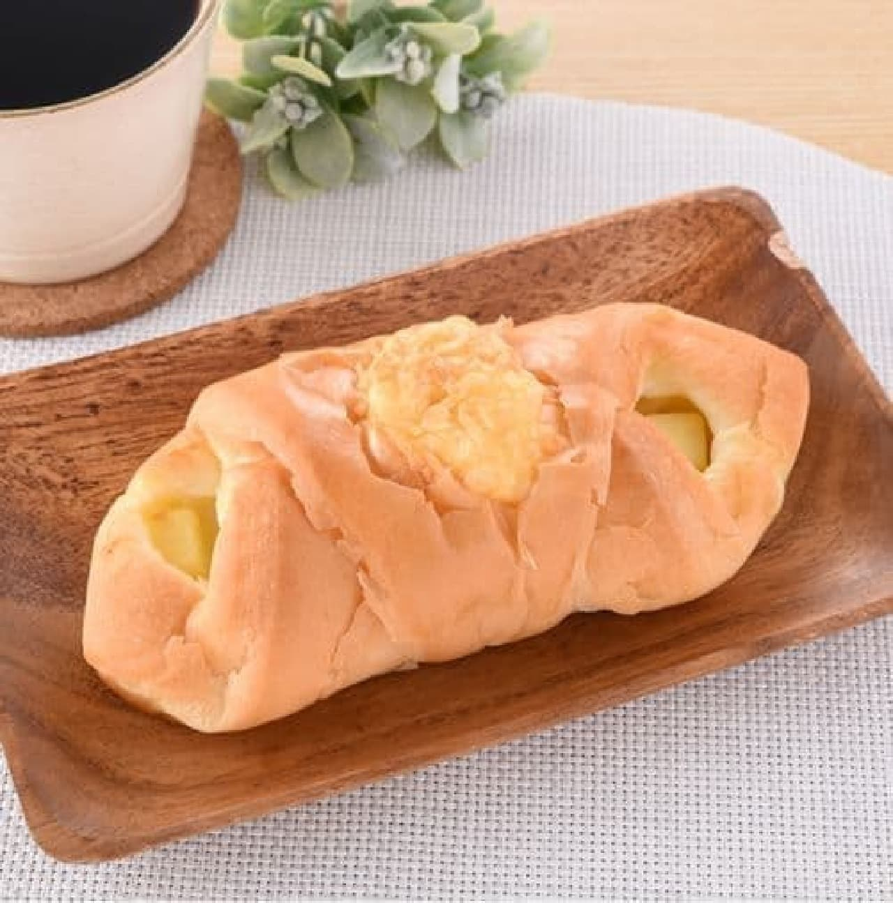 ファミリーマート「塩バターチーズ」