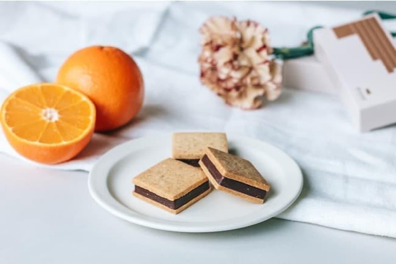 ミニマル「チョコレートサンドクッキー -オレンジ-」