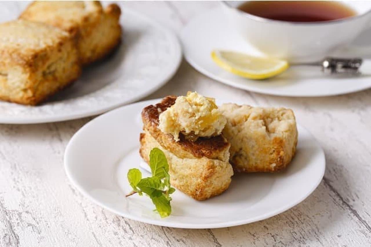 マリンフード「りんごバターホイップ」