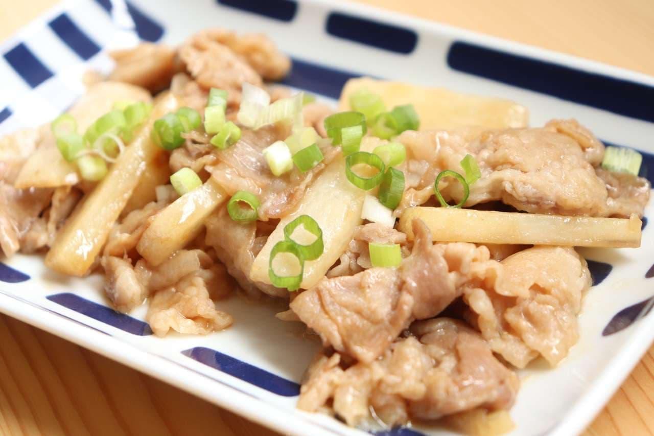 「豚バラと長芋のオイスター炒め」レシピ