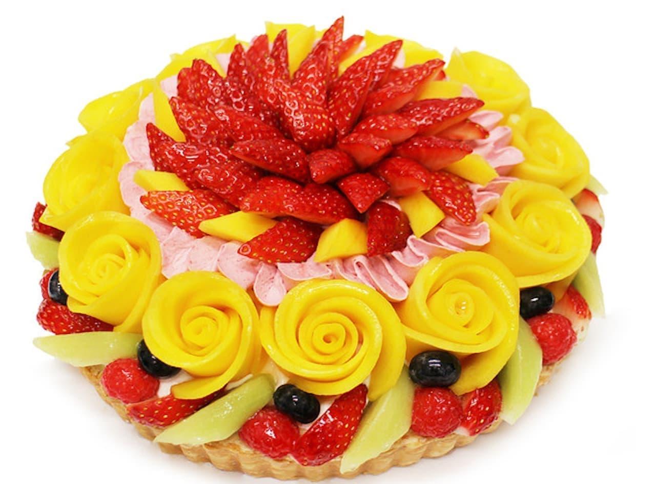 カフェコムサ「【店頭販売】マンゴーローズと彩りフルーツのケーキ」