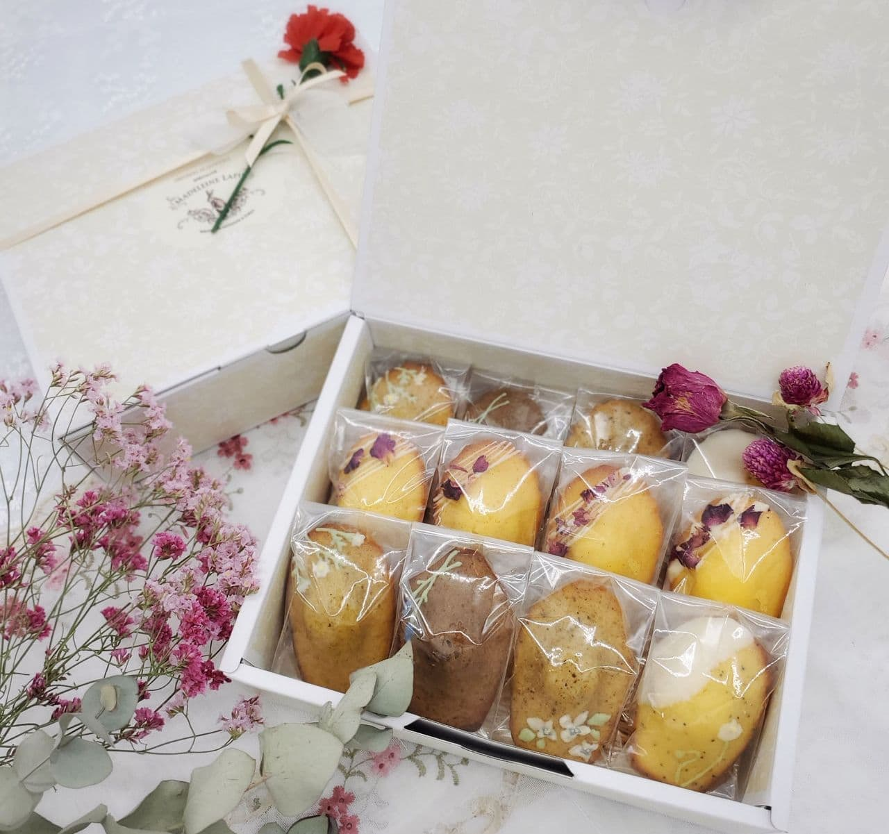 マドレーヌラパン「お花のマドレーヌ」