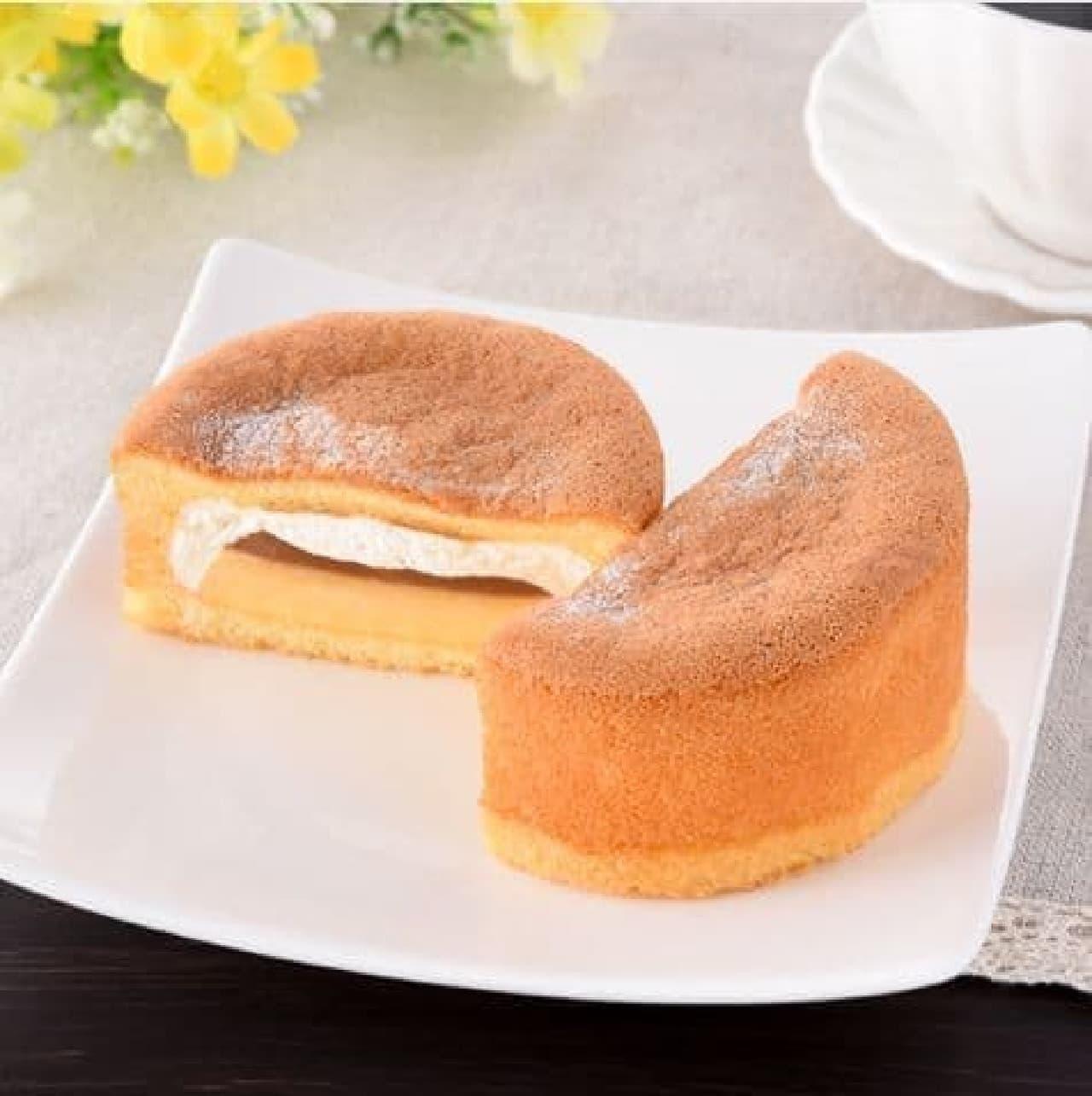 ファミリーマート「パンケーキにプリン入れちゃいました!」