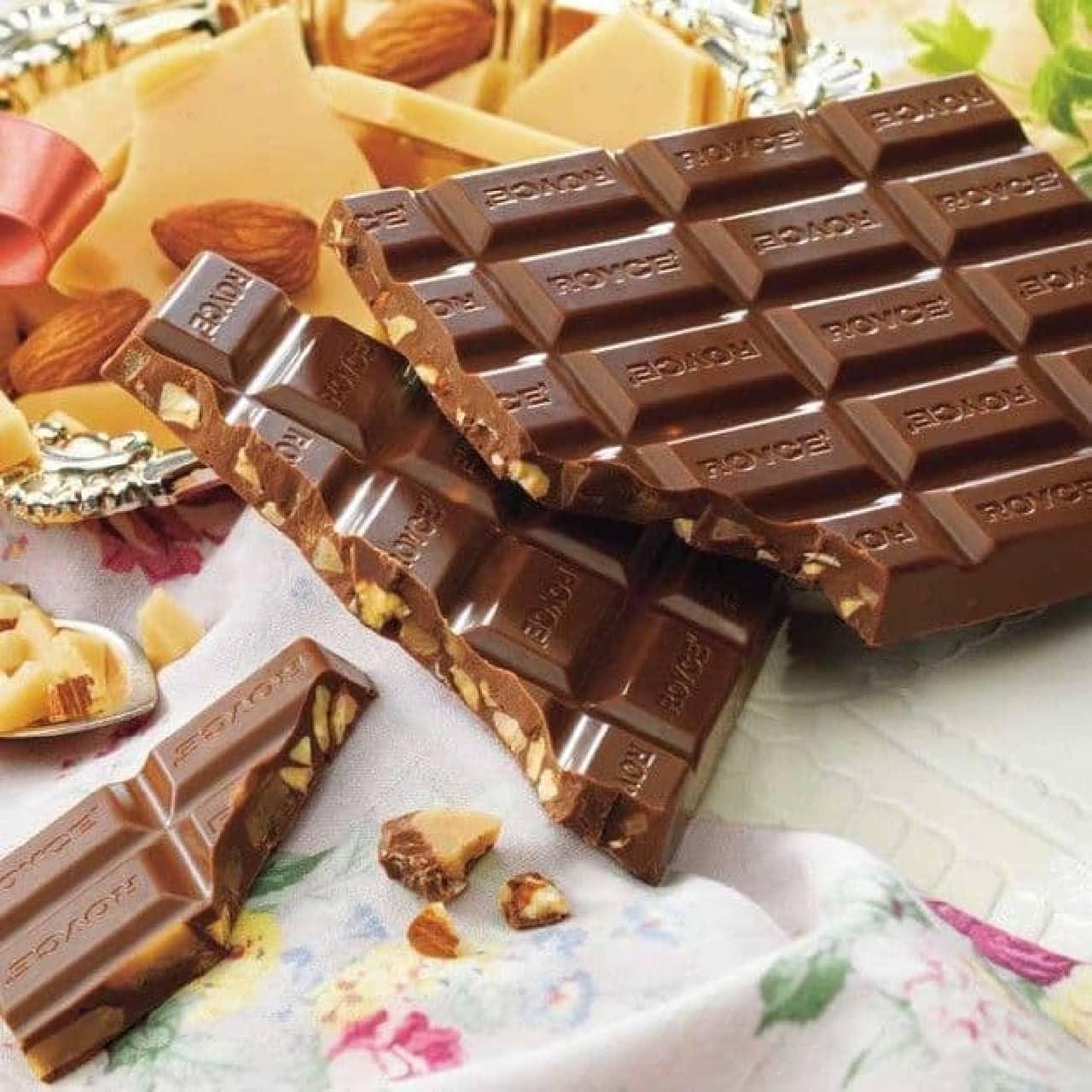 ロイズ「板チョコレート[トフィー&アーモンド]」