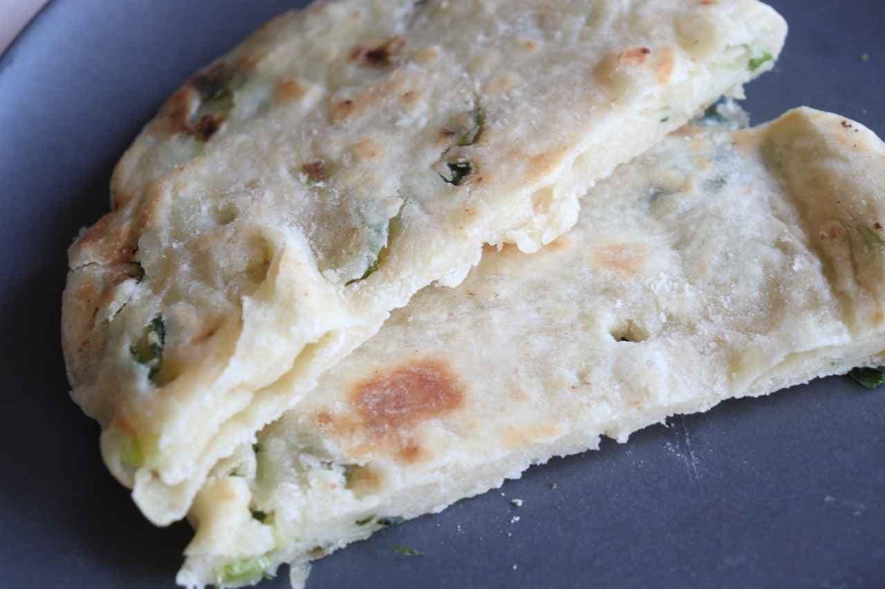 カルディ「葱油餅(ツォンヨウビン)ミックス粉」