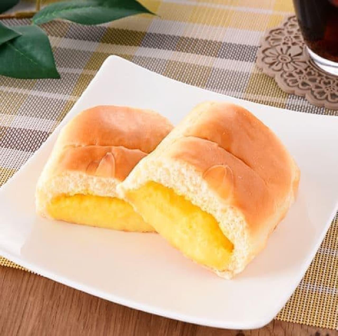ファミリーマート「ちぎれるクリームパン」