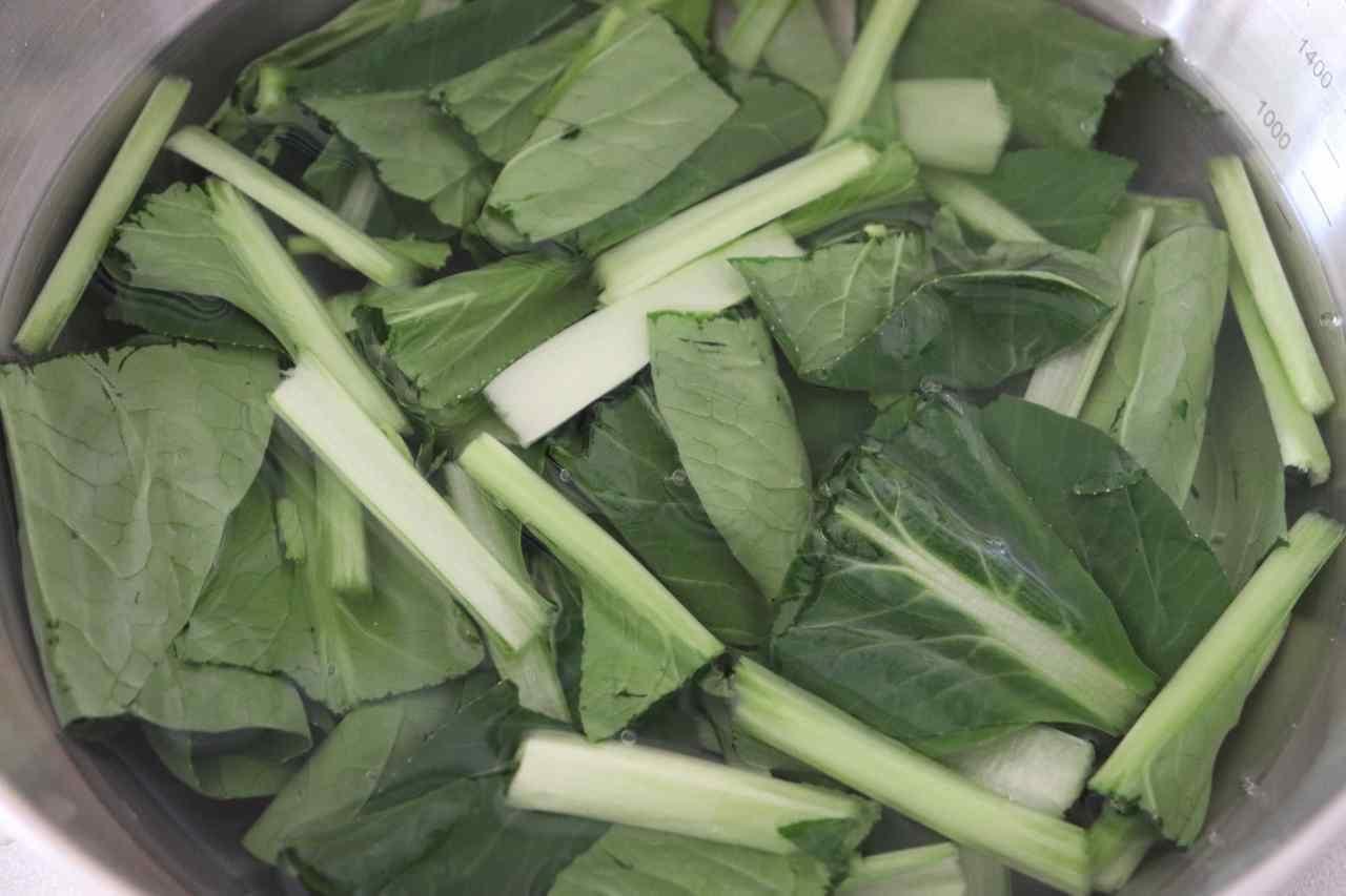 小松菜チーズサラダ