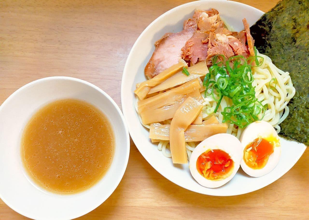 セブンプレミアムの「魚介豚骨醤油つけ麺」