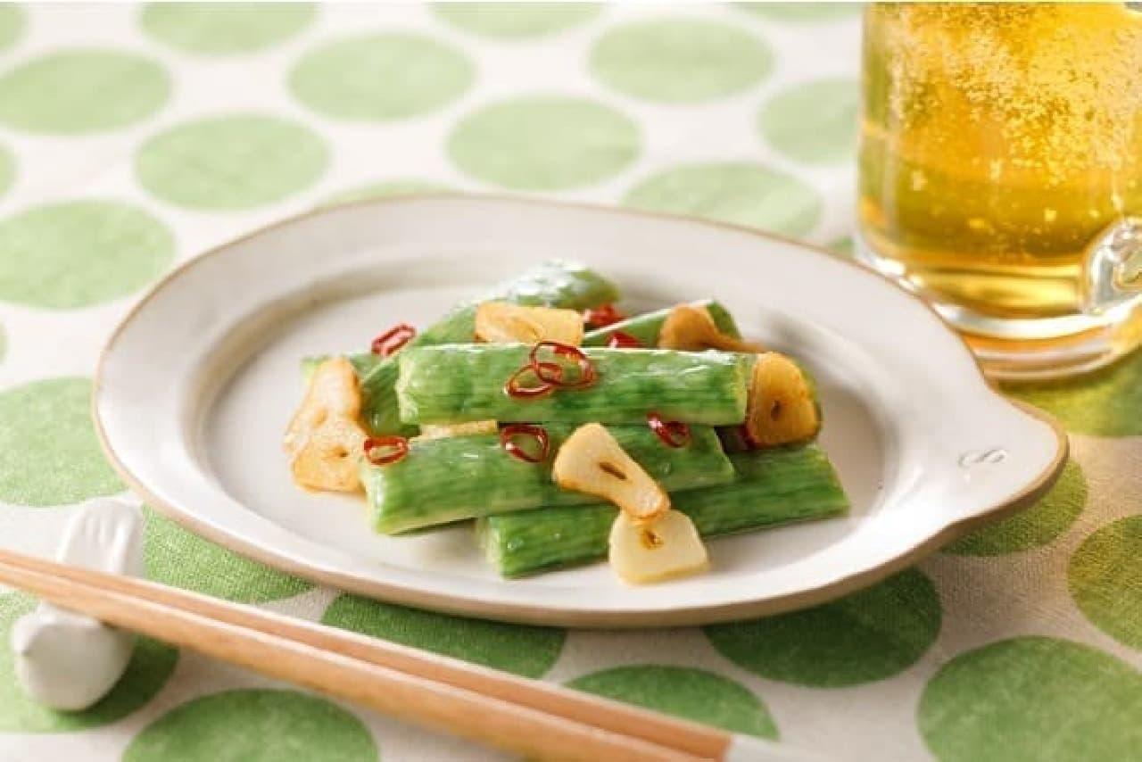 いちまさのカニかま「サラダスティック 枝豆風味」のペペロンチーノ風のおつまみアレンジ