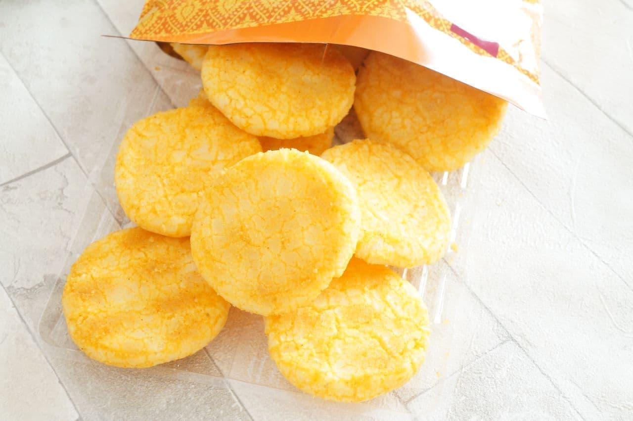 成城石井「厚焼きせんべい バターチキンカリー風味」