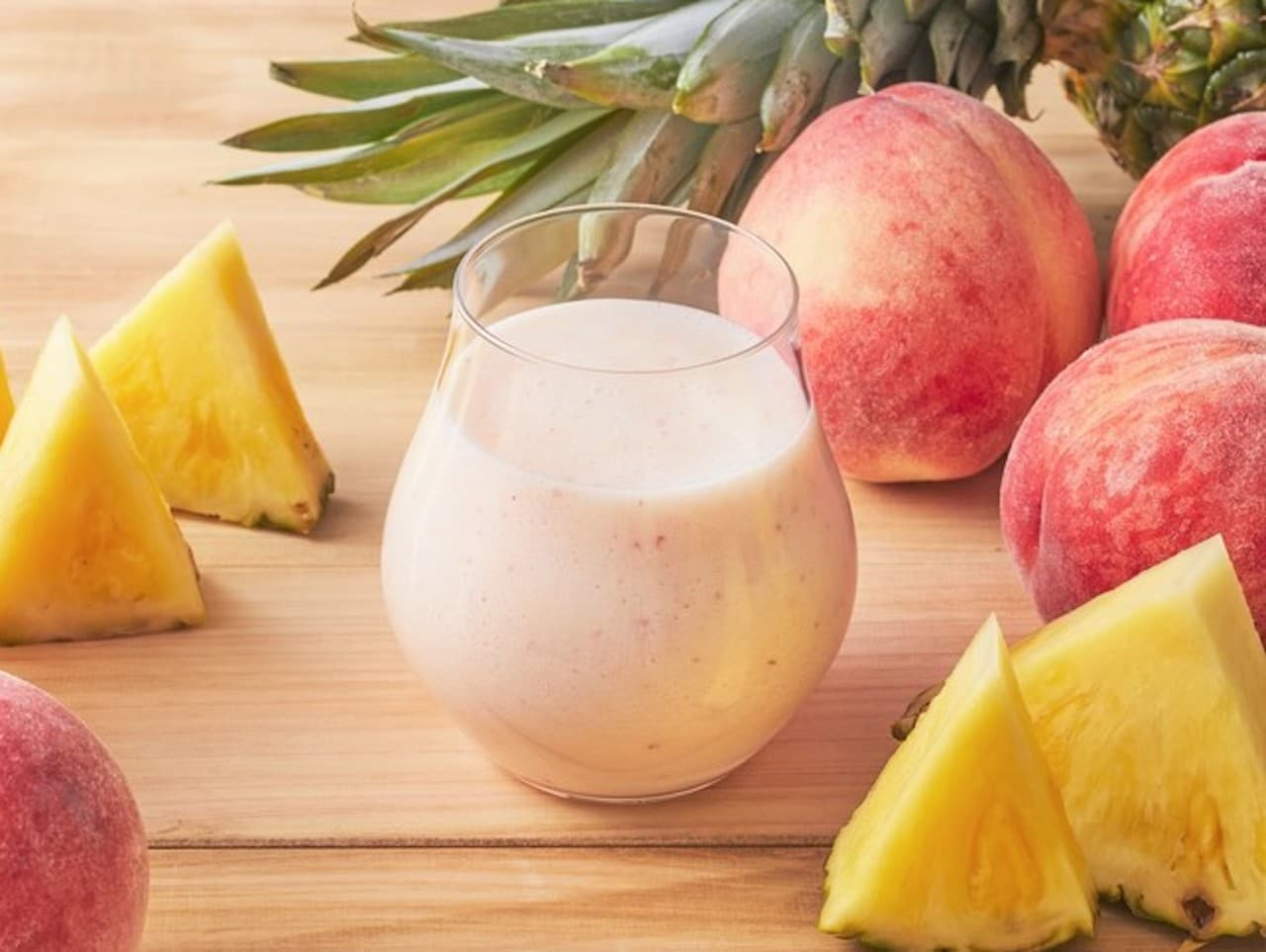 果汁工房果琳「桃とパインのスムージー」