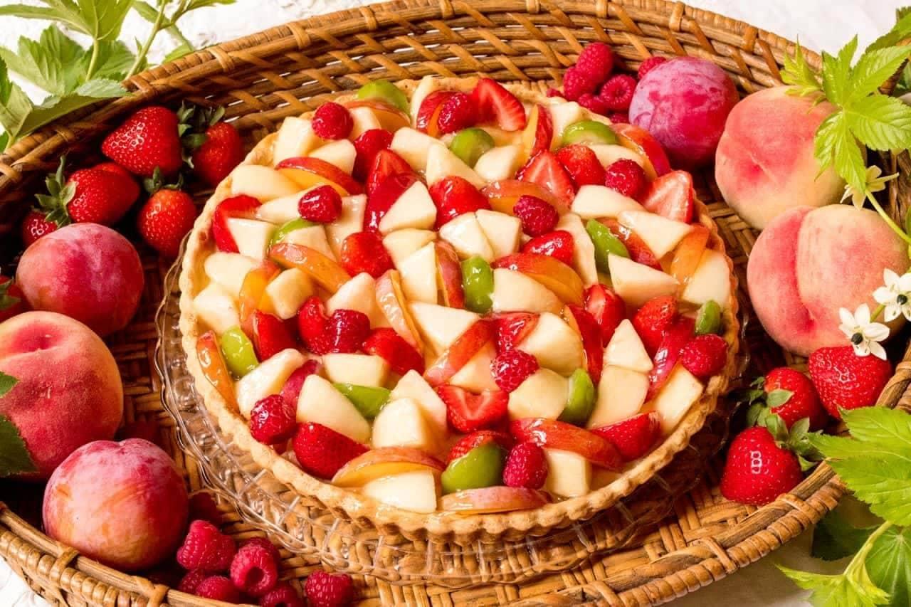 キル フェ ボン「桃と夏の果実のタルト」