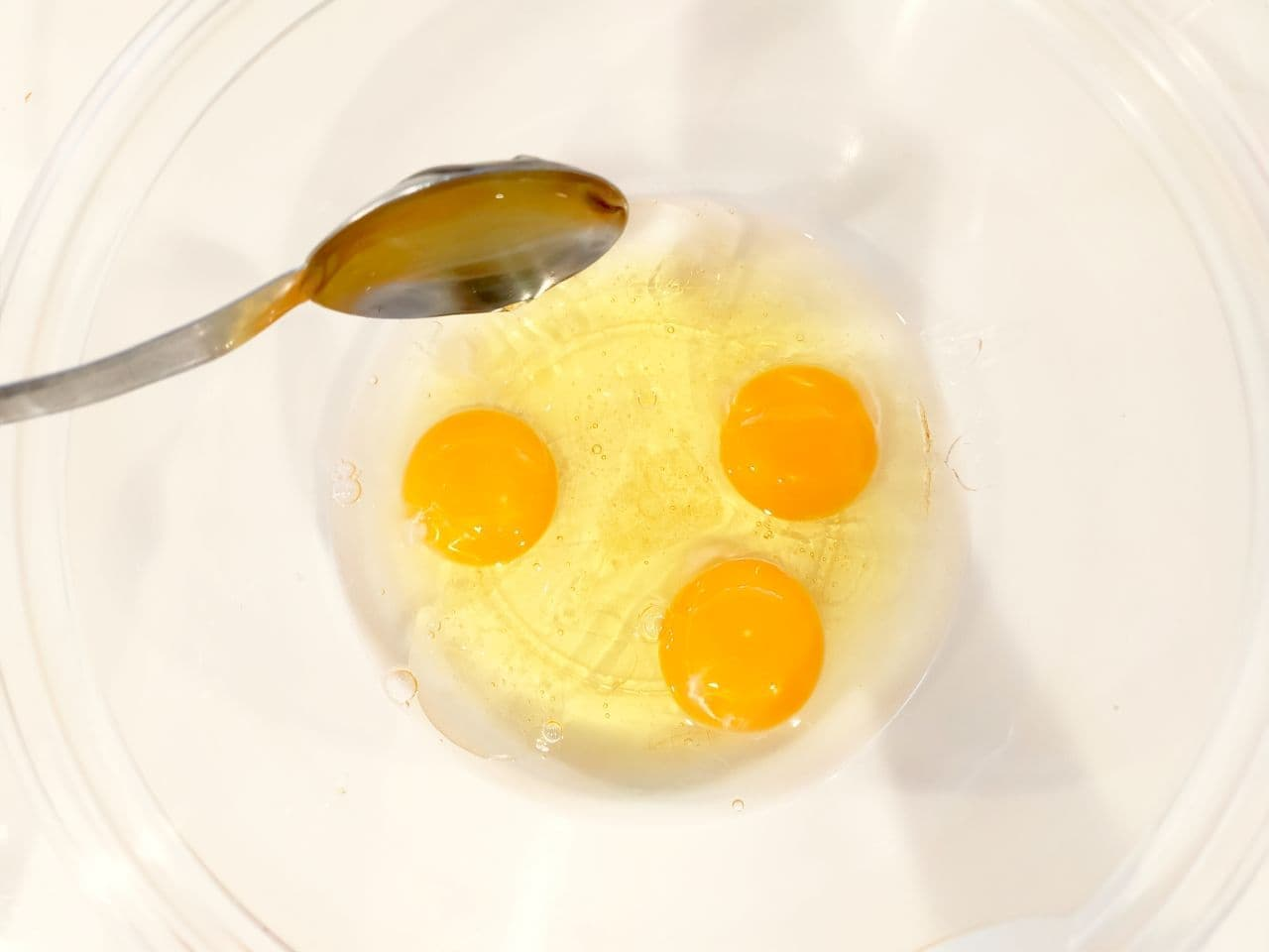 「炊飯器でふわふわカステラ」レシピ
