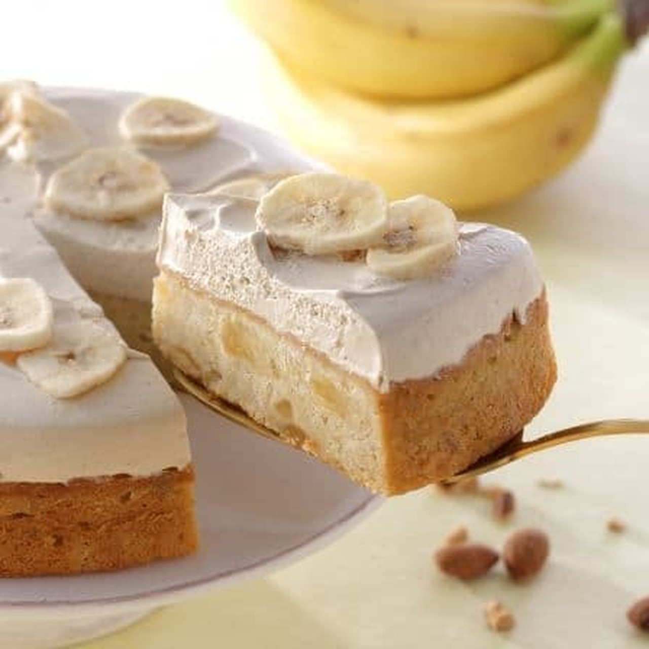 スターバックス「バナナのアーモンドミルクケーキ」