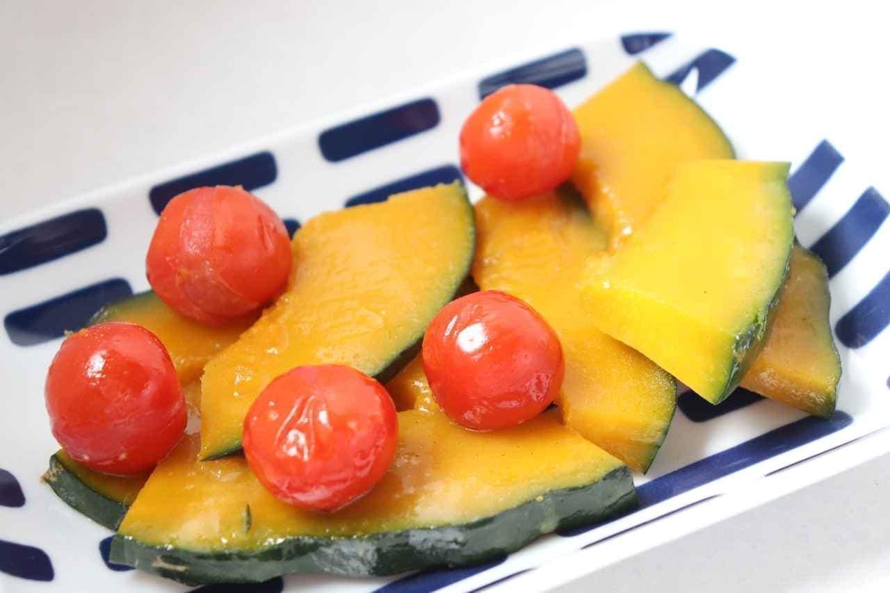 「かぼちゃとミニトマトのバター煮」レシピ