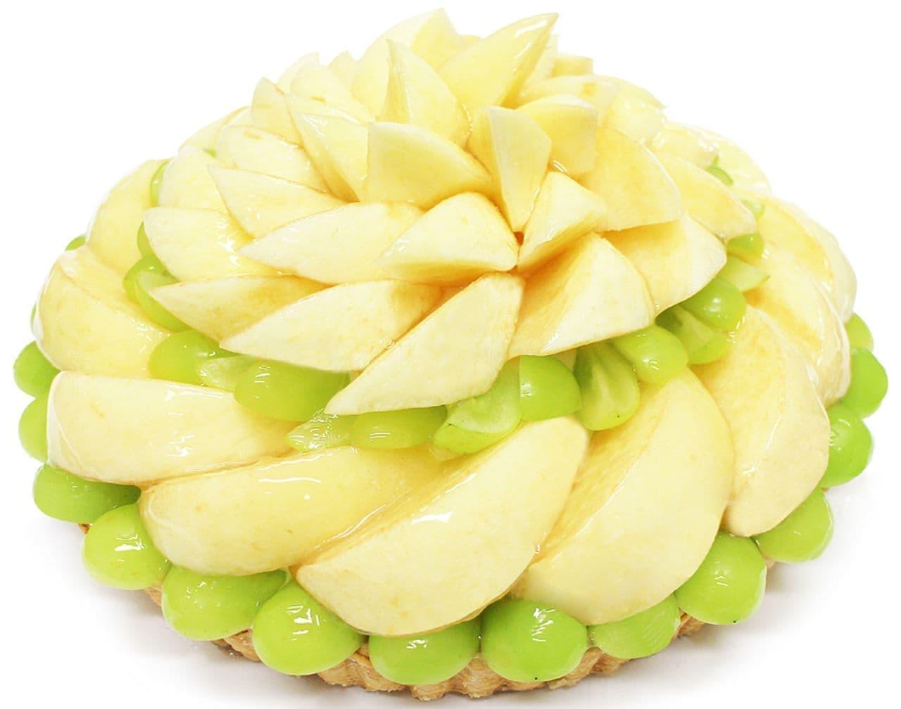 カフェコムサ「桃とマスカットのケーキ」