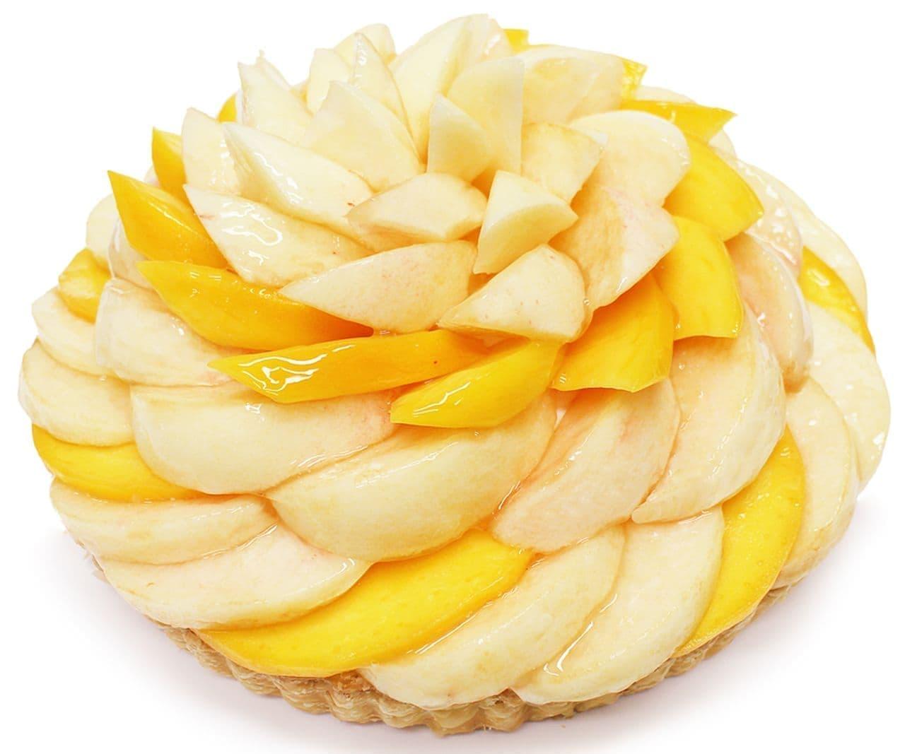 カフェコムサ「桃とマンゴーのケーキ」