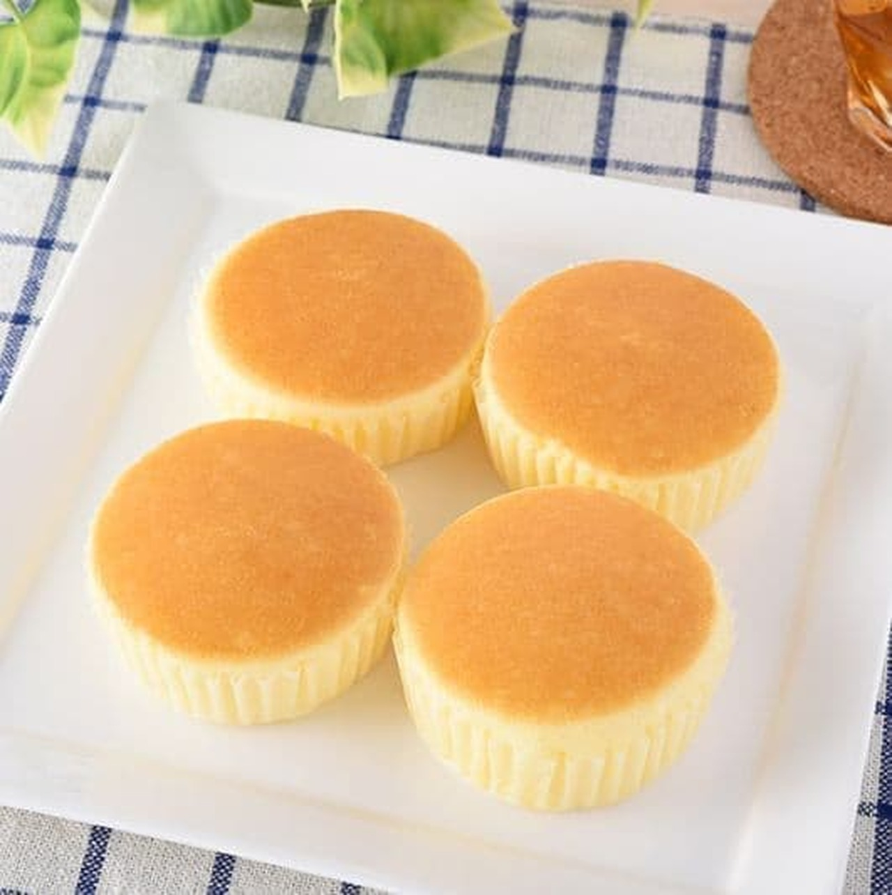 ファミリーマート「チーズ蒸しケーキ(北海道産チーズ)4個入」