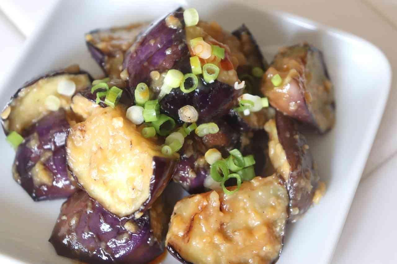「なすの味噌ラー油炒め」のレシピ