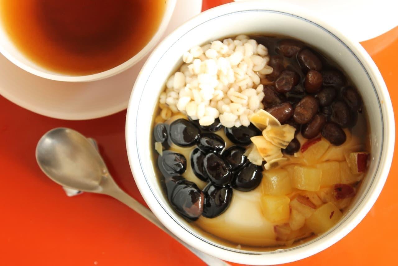 セブン-イレブン「台湾スイーツ 5種具材のトウファ」