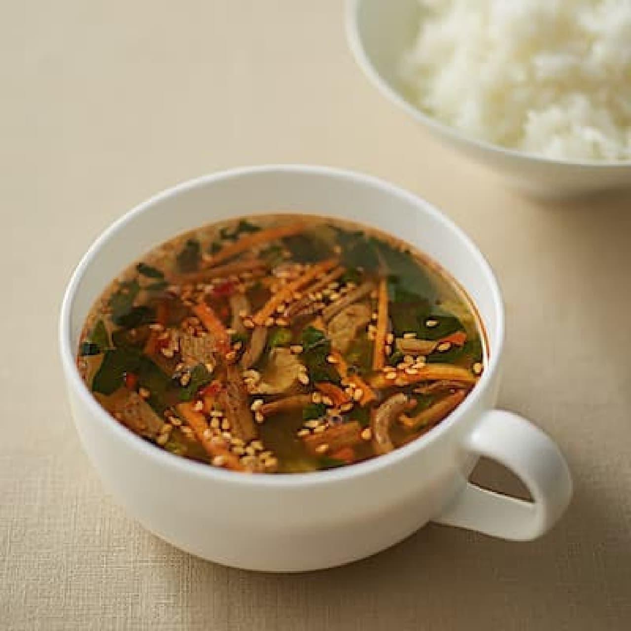無印良品「食べるスープ ユッケジャンスープ」