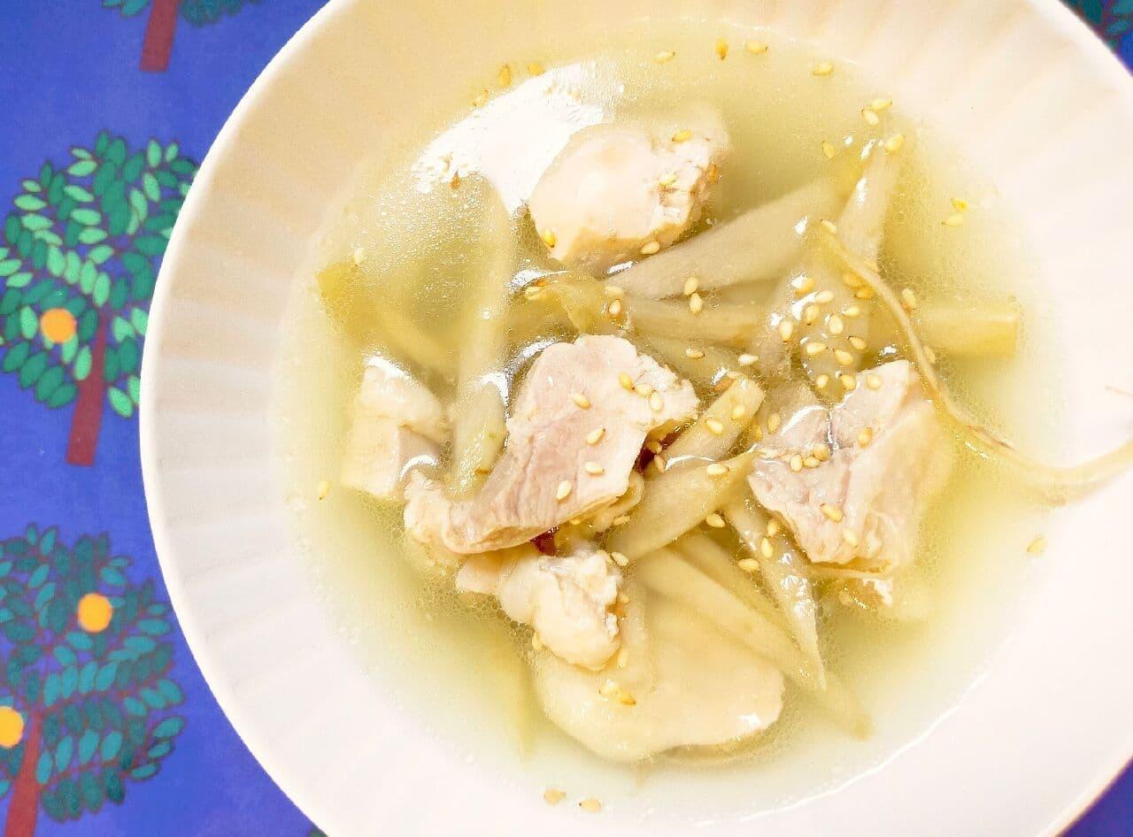 「鶏ごぼうの塩スープ煮」レシピ