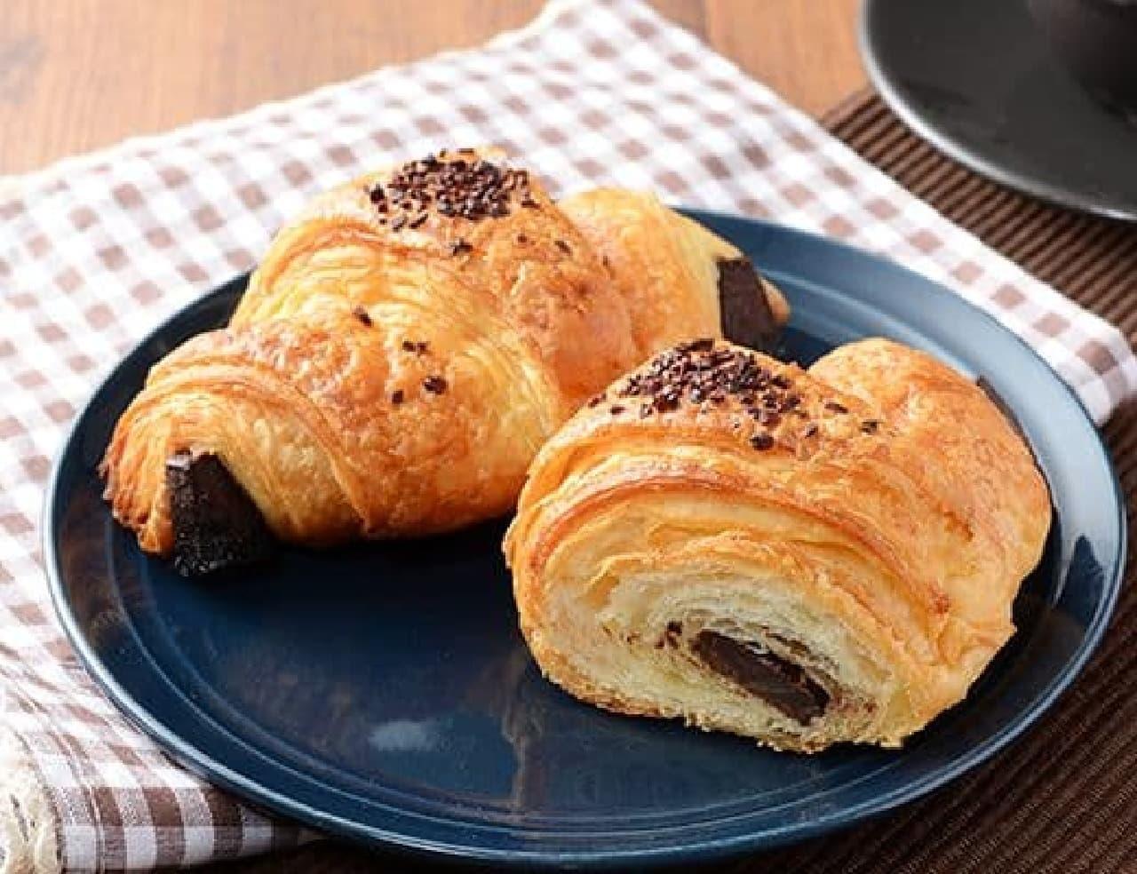 ローソン「マチノパン フランス産発酵バターのクロワッサン チョコ」
