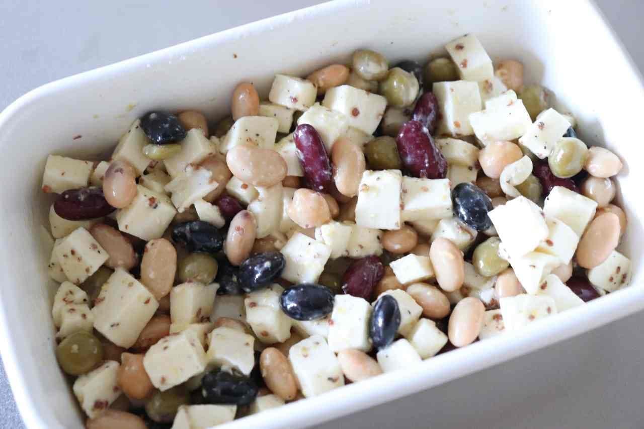 レシピ「モッツアレラチーズと豆のサラダ」