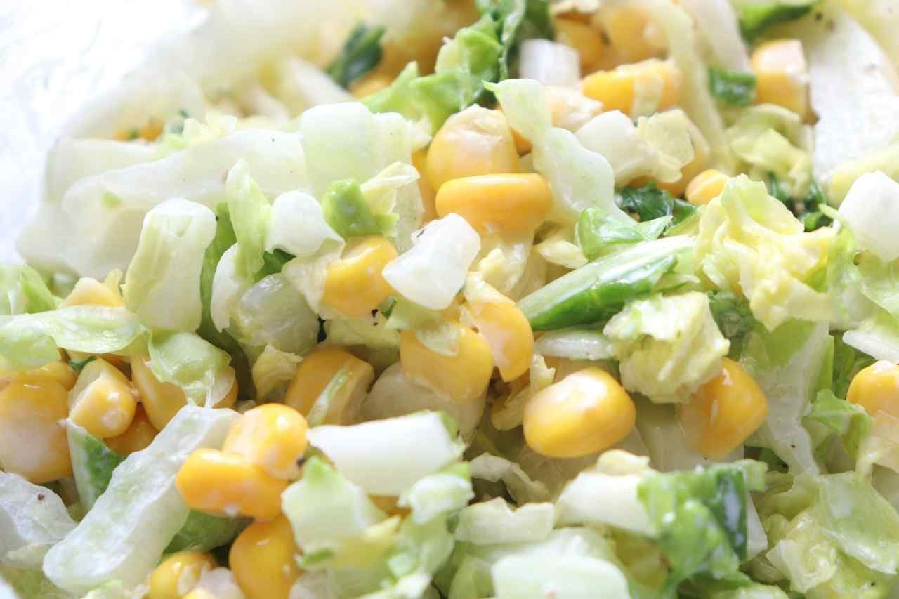 「白菜とコーンのコールスローサラダ」レシピ