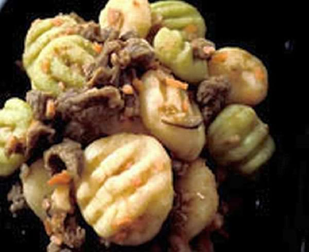 「犬用・無添加、手作りご飯とオヤツのセット」  鶏、豚、牛に比べて低カロリー