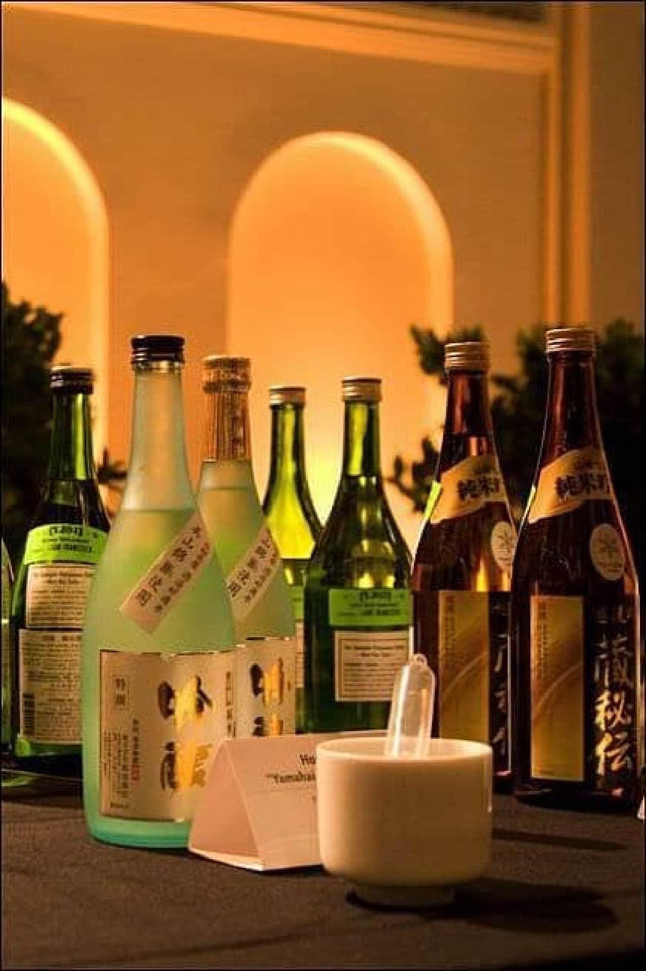 300種以上の日本酒を楽しむことができる