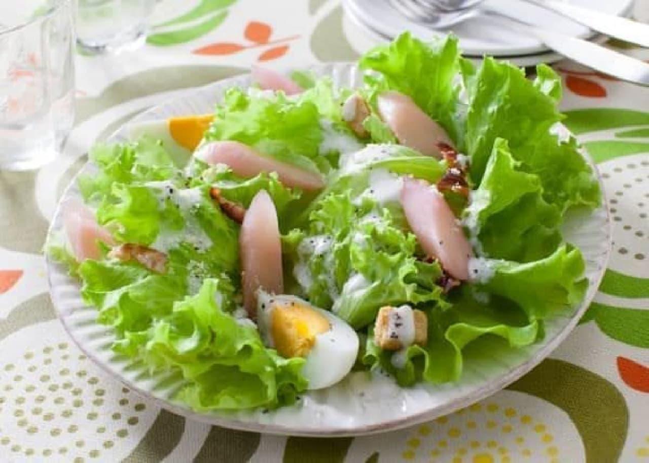 サラダに岩下の新生姜(シーザーサラダ)