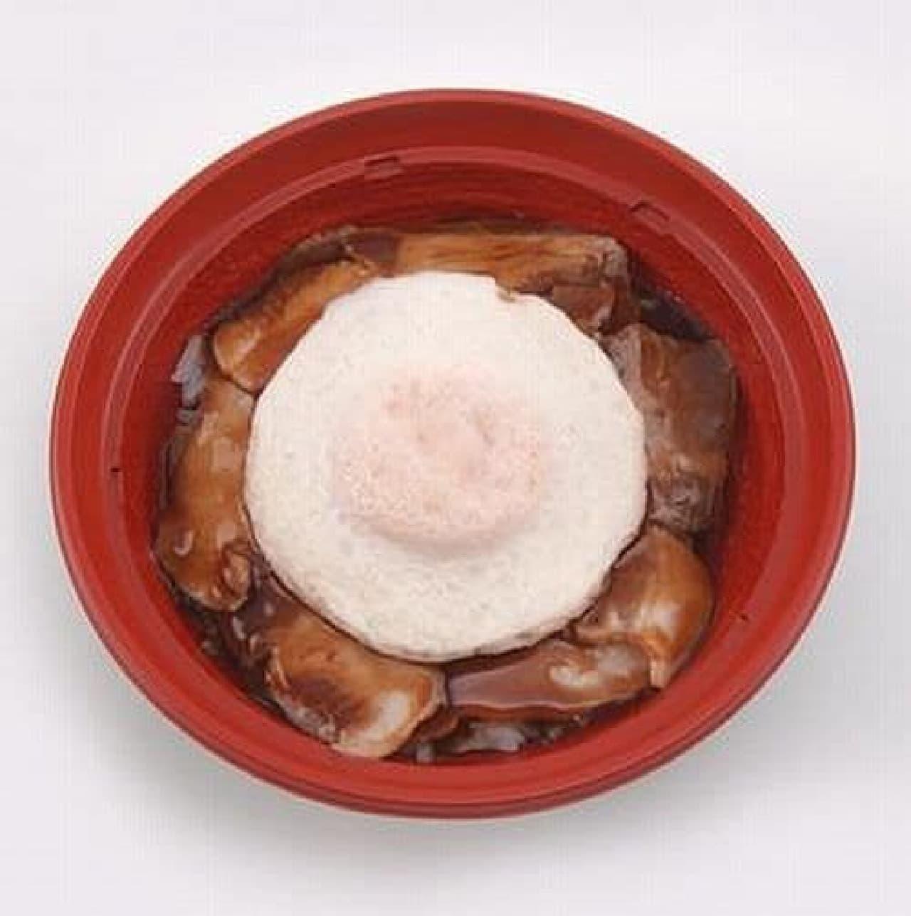 「今治焼豚玉子飯」  これぞ B 級グルメといった見た目!