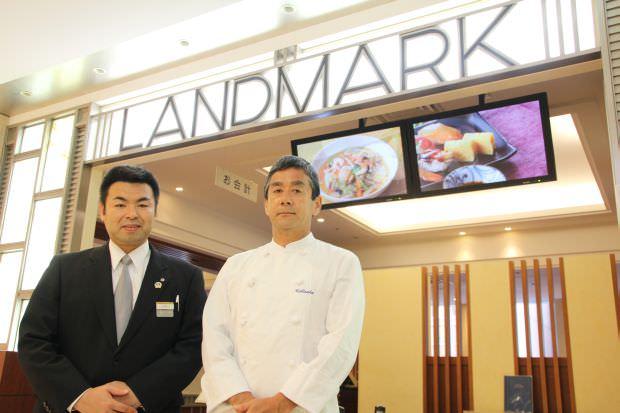 セールスマネージャーの上野山さんと、料理長の内坂隆夫さん