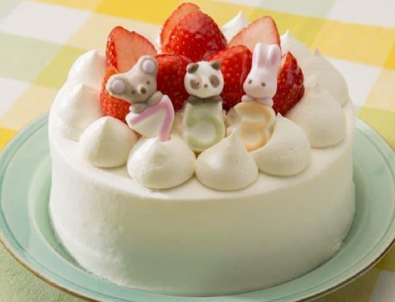 コアラ、パンダ、うさぎがお祝いしています
