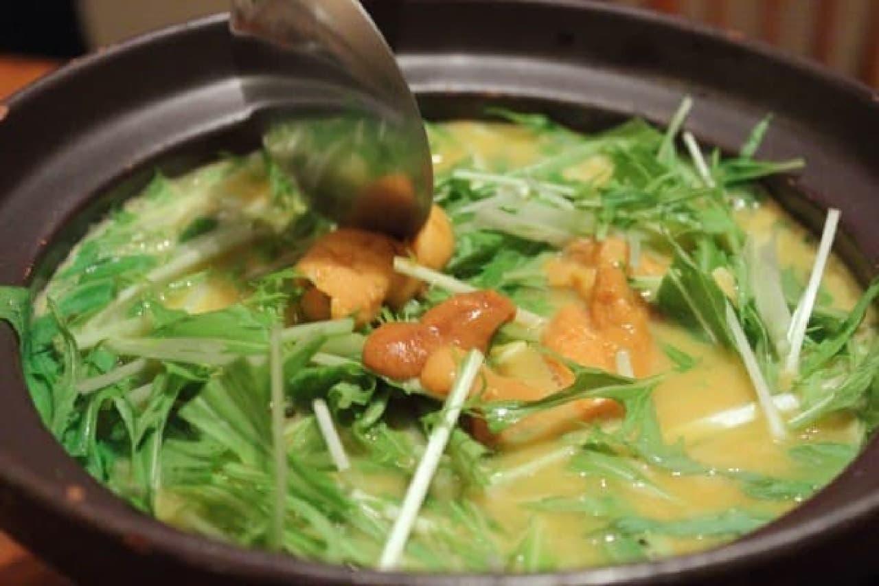 水菜とウニを投入!