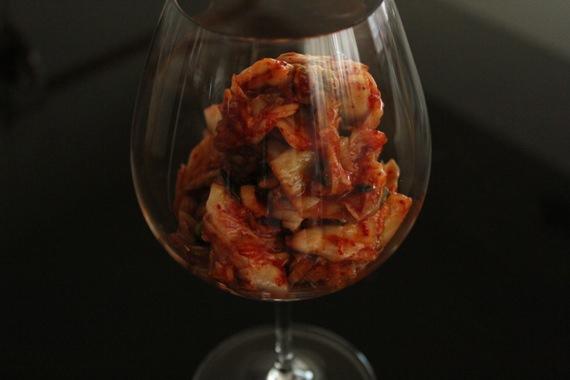 山盛りキムチ in ワイングラス