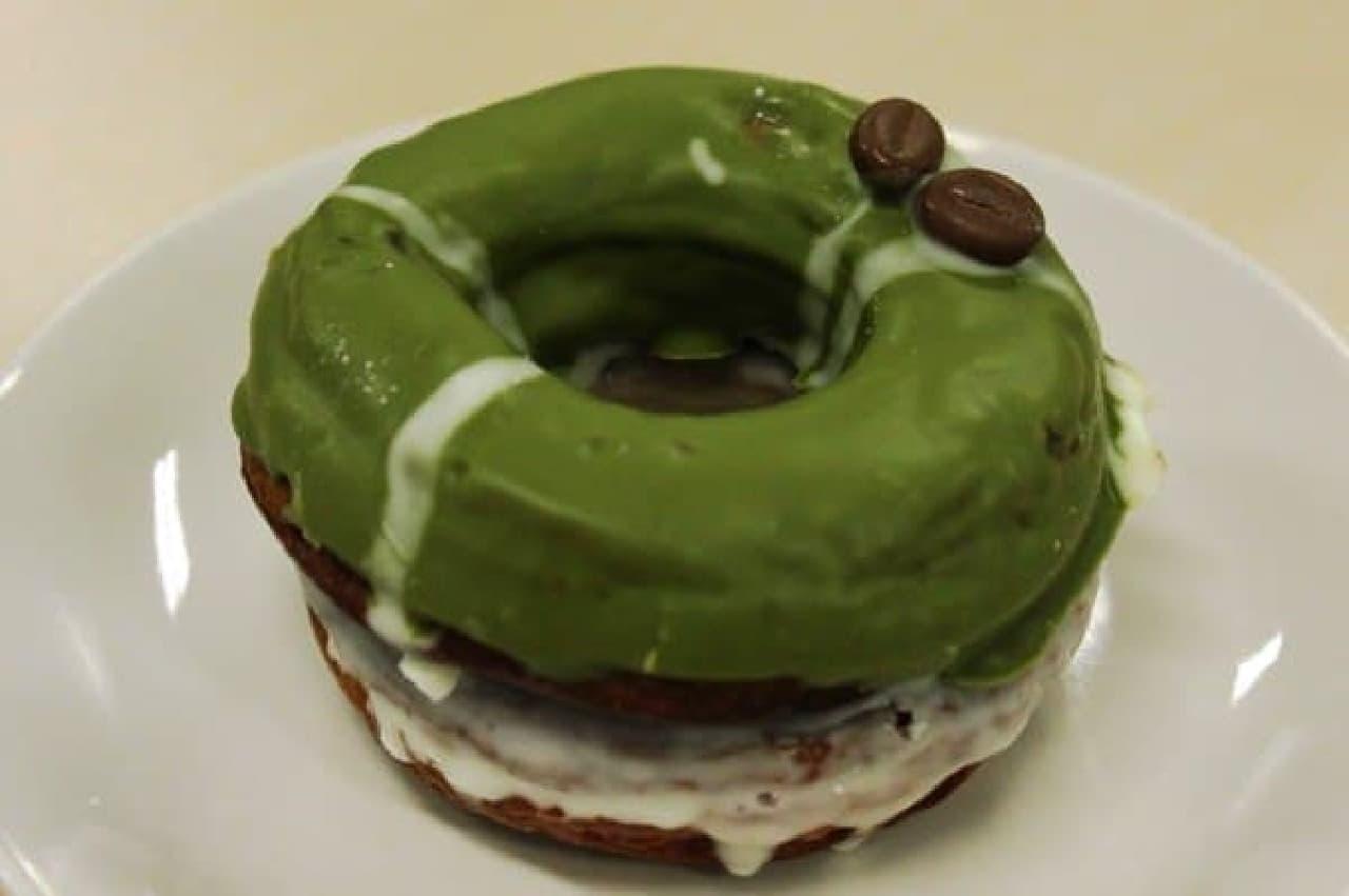 緑と白のコントラスト