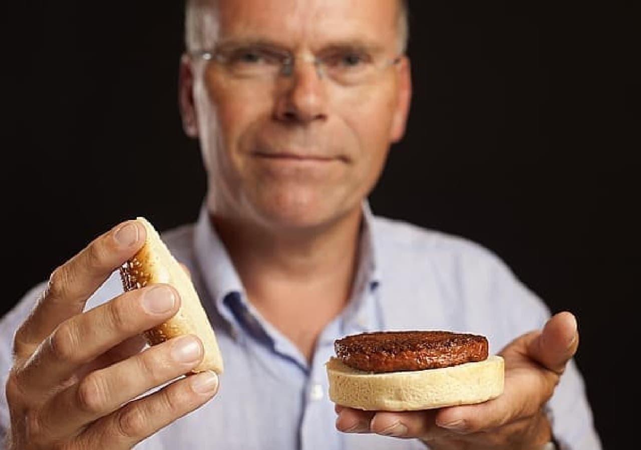 人工肉ハンバーガーを開発した Mark Post 氏