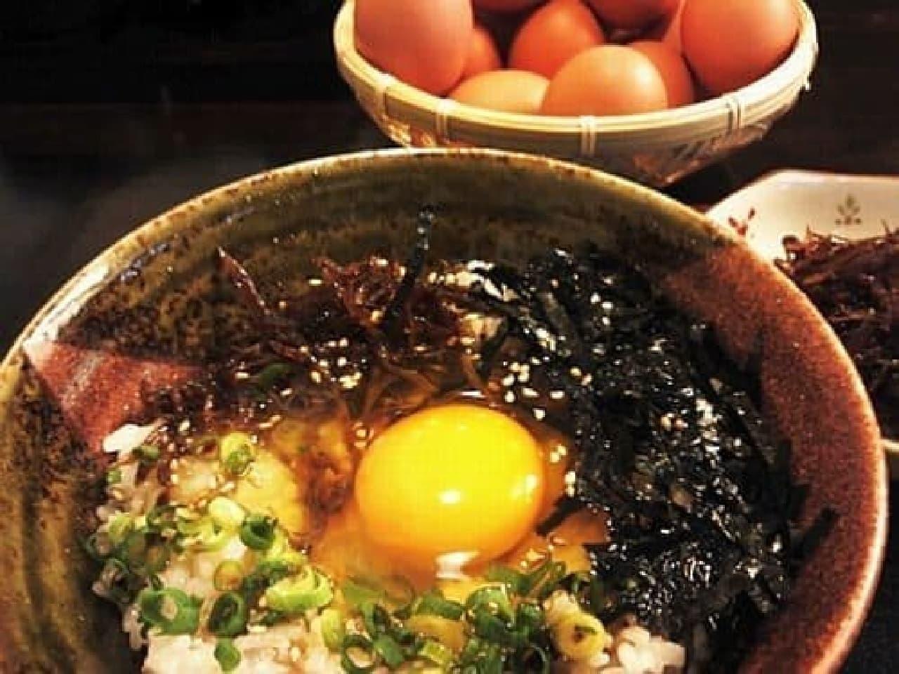 「加古川農家食堂」の「播磨灘の幸たまごかけごはん」  「え?これが卵かけご飯??」って思うほど、豪華なルックスです!