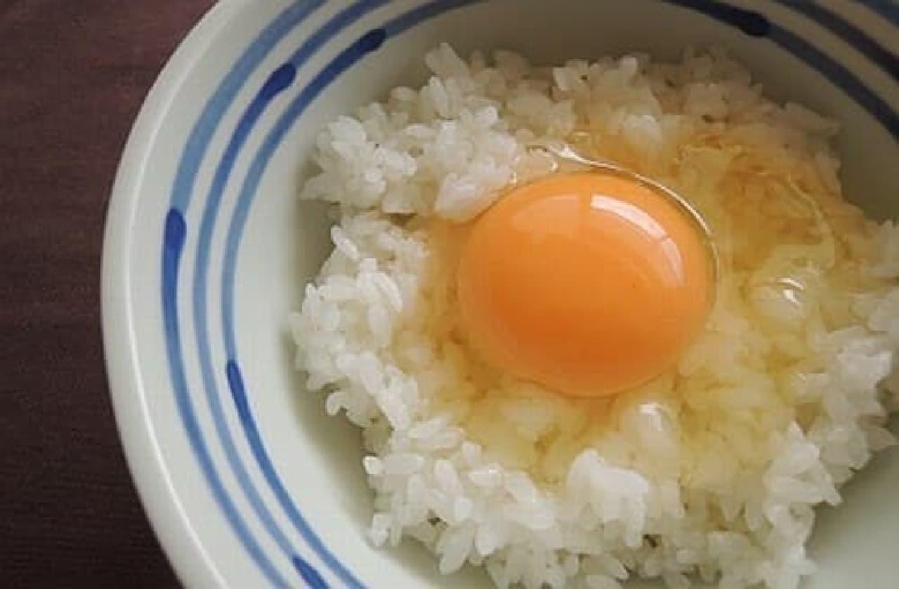 「田部と森田 ふるさと村」さんの「地域の宝たまごかけごはん」  これぞ、TKG!