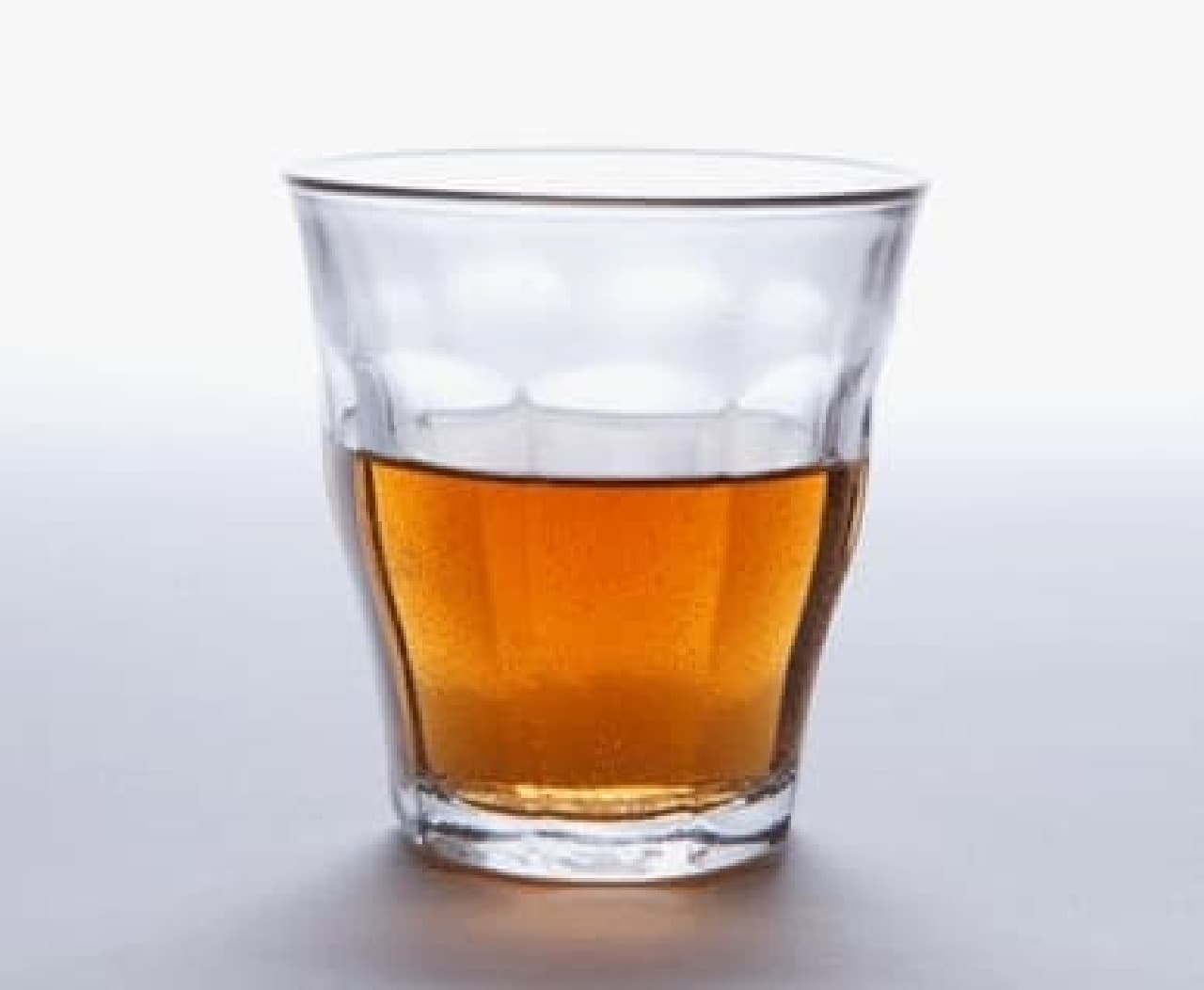 このグラスを