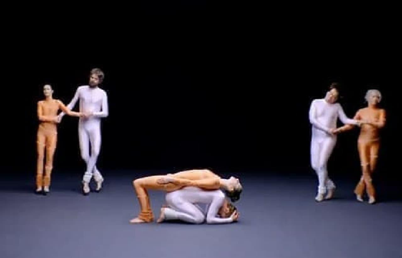 さらに2組のダンサーが登場し