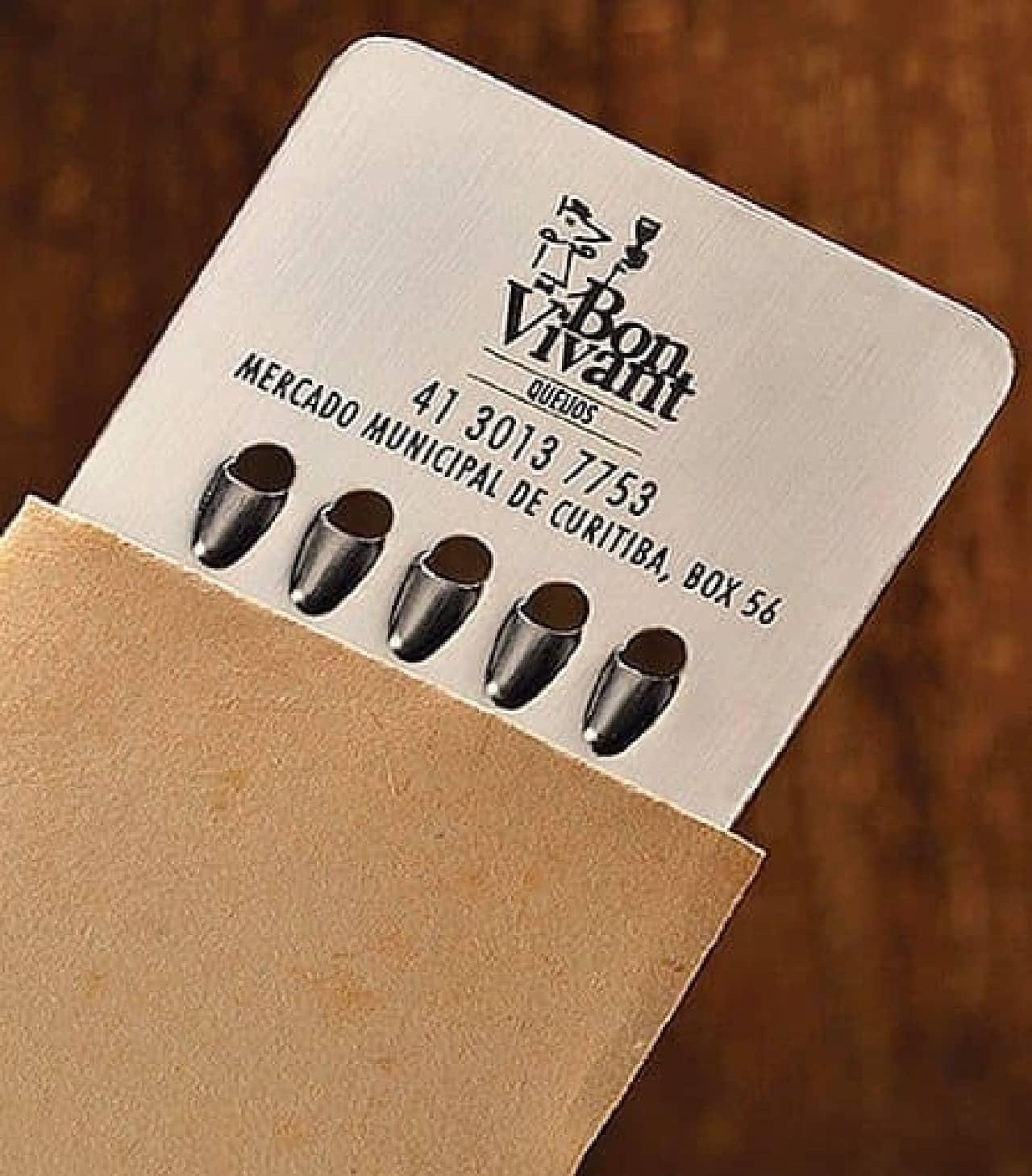 専用スリーブケースに入った「Bon Vivant」のショップカード