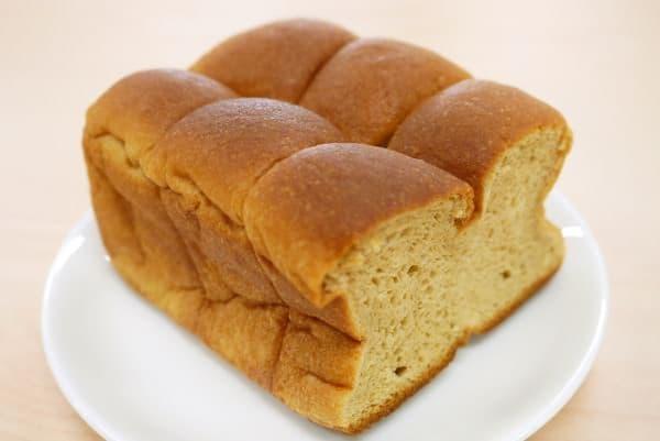 食パン型の「ブランブレッド」