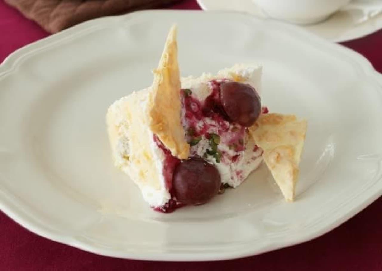 ぶどうとマスカルポーネクリームのショートケーキ