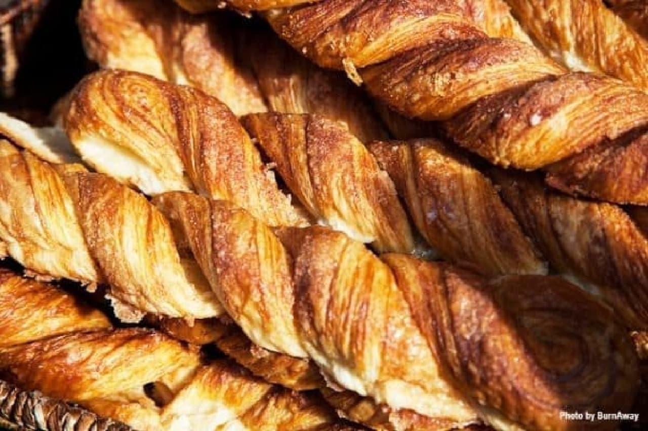 お気に入りのパンを見つけよう  (出典:ファーマーズマーケット)