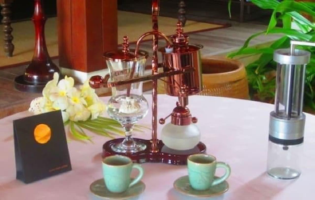 ホテル「Anantara」で提供される「Black Ivory Coffee」
