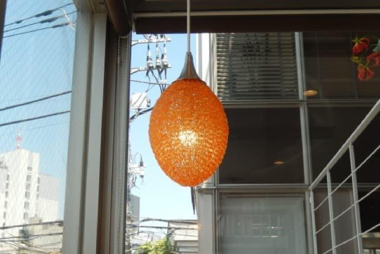ランプもマンゴーに見えてきた